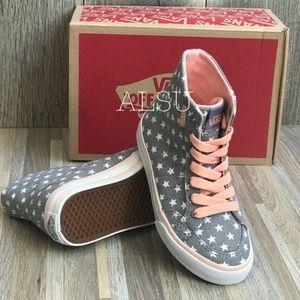 Vans Shoes - NWT VANS Corrie HI Faded Flag Grey Kids AUTHENTIC